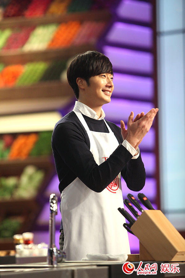 2015 4 Jung Il-woo in Star Chef Episode 1 11