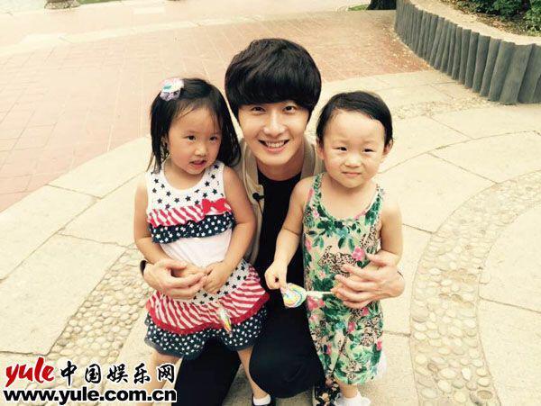 "2015 6  Filming ""Heroe"" for Chinese Children's Day. 2.jpg"