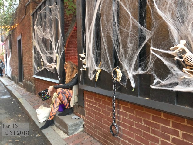 2018 10 31 Halloween at Beacon Hill in Boston, MA. By Fan 13 2