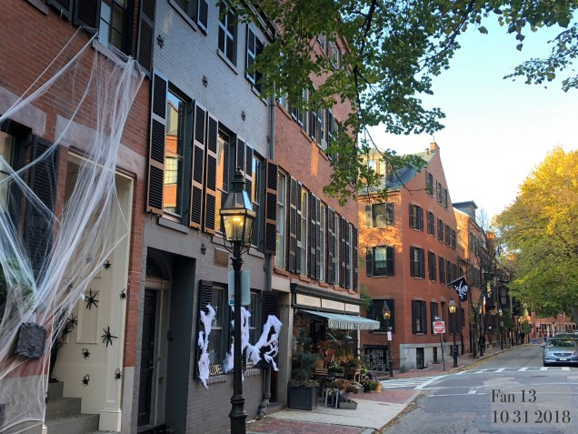 2018 10 31 Halloween at Beacon Hill in Boston, MA. By Fan 13 34
