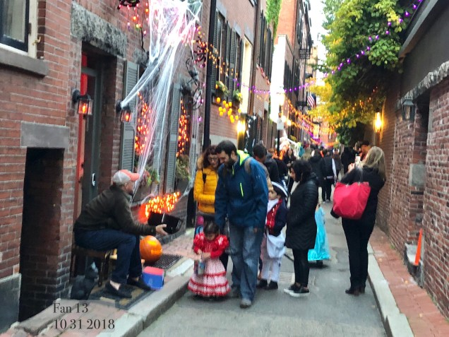 2018 10 31 Halloween at Beacon Hill in Boston, MA. By Fan 13 36