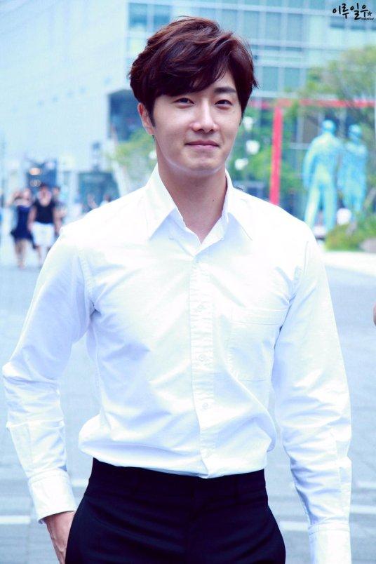 2015 Jung Il-woo in High End Crush BTS Cr. SOHU TV17