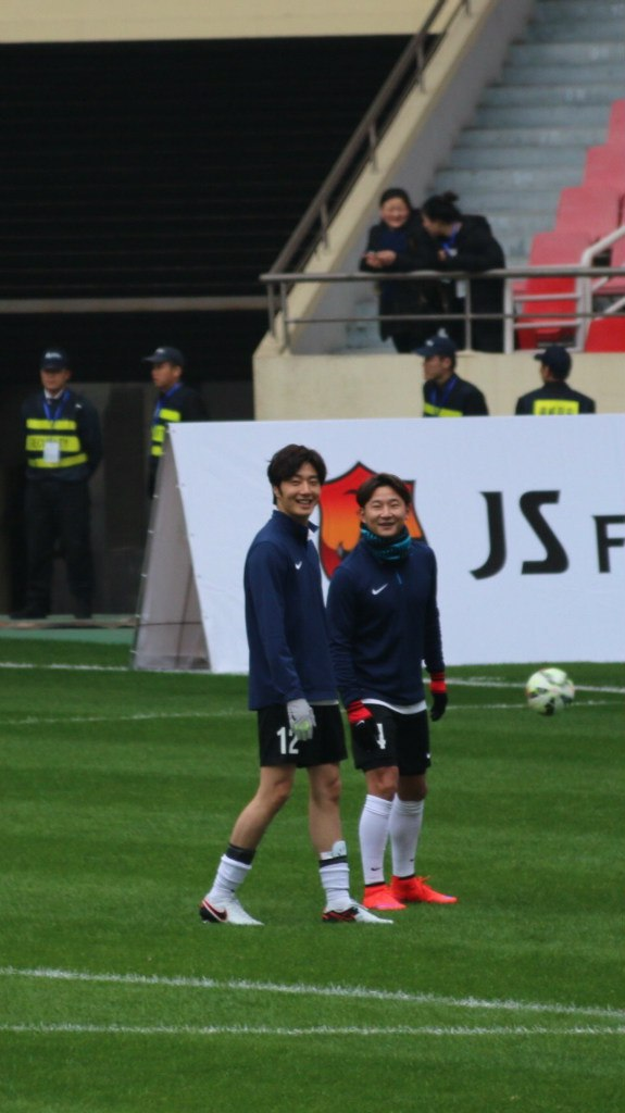 2016 1 10 jung il-woo playing soccer in the 2016 asian smile cup. 9