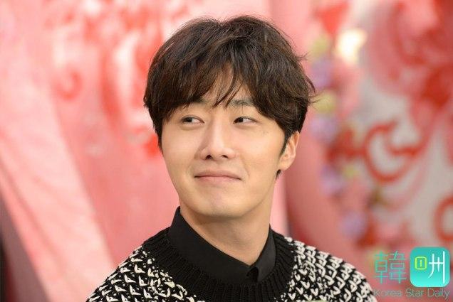 2016 1 23 jung il-woo in hong kong fan meeting extras talking1