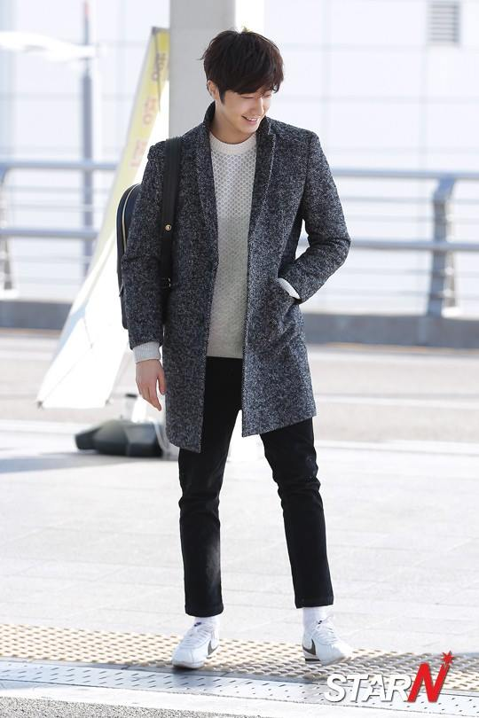 2016 1 9 jung il-woo in the airport going to shanghai for the smile cup part 2 1