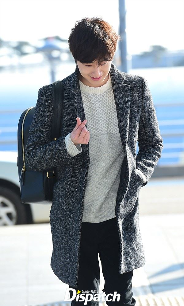 2016 1 9 jung il-woo in the airport going to shanghai for the smile cup part 2 25