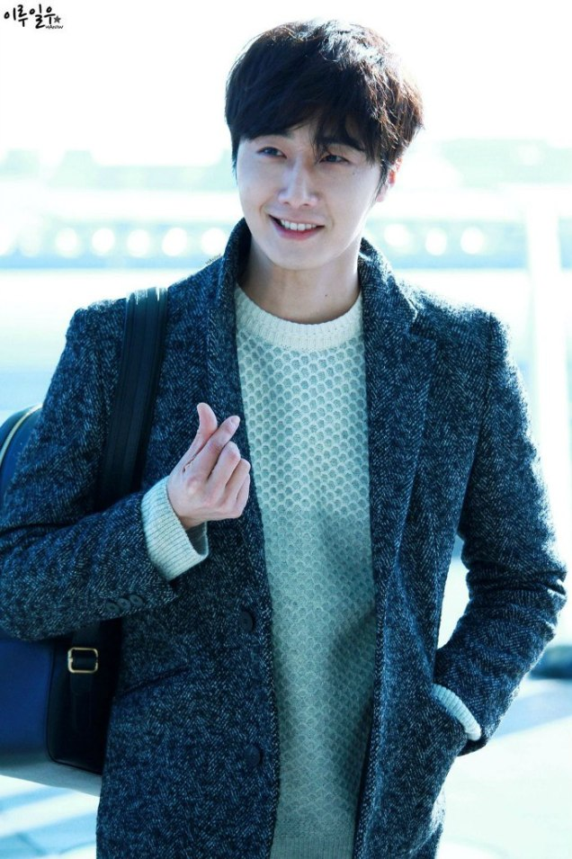 2016 1 9 jung il-woo in the airport going to shanghai for the smile cup part 3 1