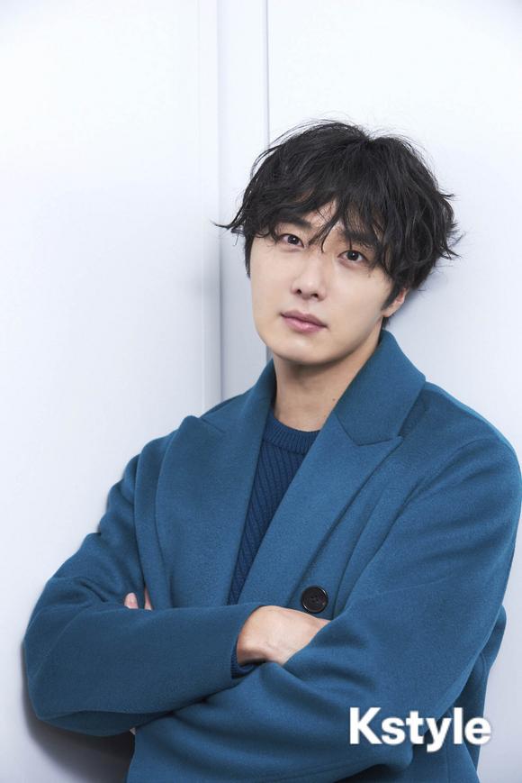 2019 1 9 Jung Il-woo in KStyle Magazine.  1.jpg
