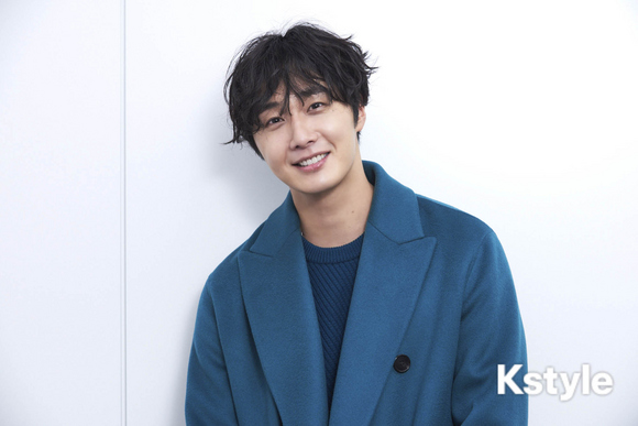 2019 1 9 Jung Il-woo in KStyle Magazine.  11.jpg