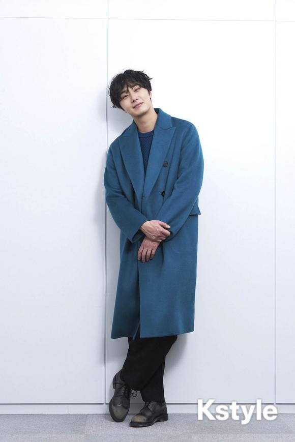 2019 1 9 Jung Il-woo in KStyle Magazine.  2.jpg