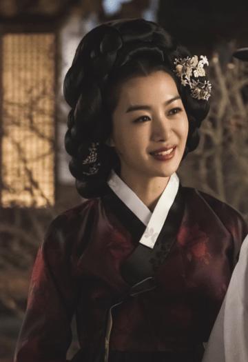 haechi drama, park jung-hoa as chun yoon-young cr. sbs
