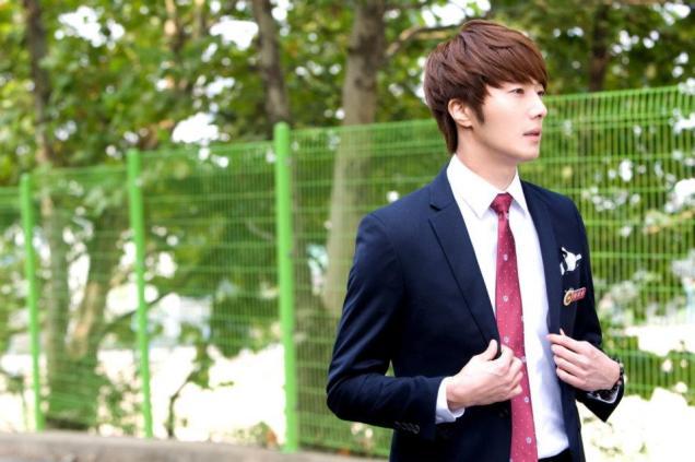 2011 Flower Boy Ramyun Shop Jung II-woo Episode 1 43.jpg