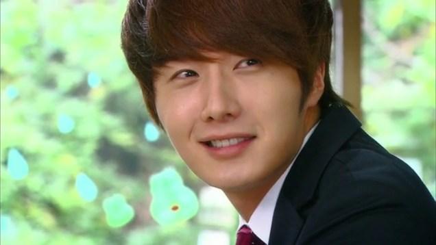 2011 Flower Boy Ramyun Shop Jung II-woo Episode 2 8.jpg