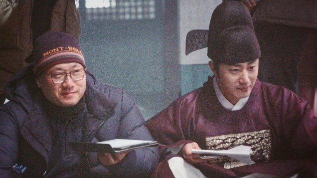 2019 1 Jung Il-woo BTS of Haechi. Cr. DIrector Lee Yong-suk 1