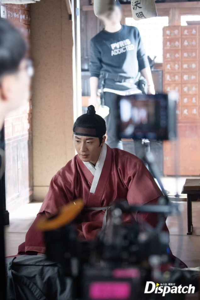 2019 2 11 Jung Il-woo in Haechi Episode 2 (3-4) Behind the Scenes. 12