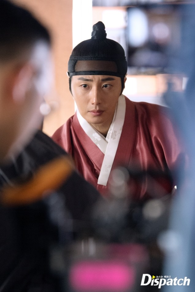 2019 2 11 Jung Il-woo in Haechi Episode 2 (3-4) Behind the Scenes. 15