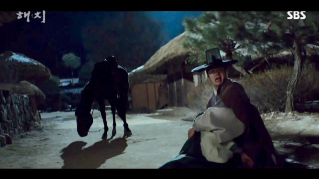 2019 2 18 Jung Il-woo in Haechi Episode 4 (7,8) Cr. SBS. Screen Captures by Fan 13. 61