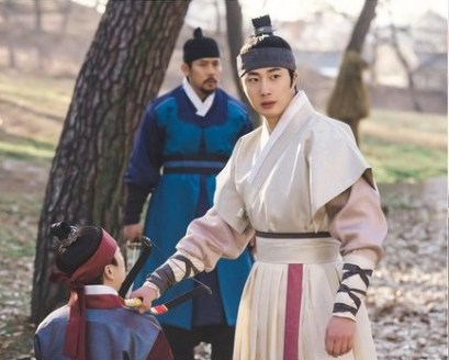 2019 2 Jung Il-woo in Scenes of Haechi. Cr. SBS 1