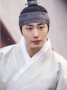 2019 2 Jung Il-woo in Scenes of Haechi. Cr. SBS 3