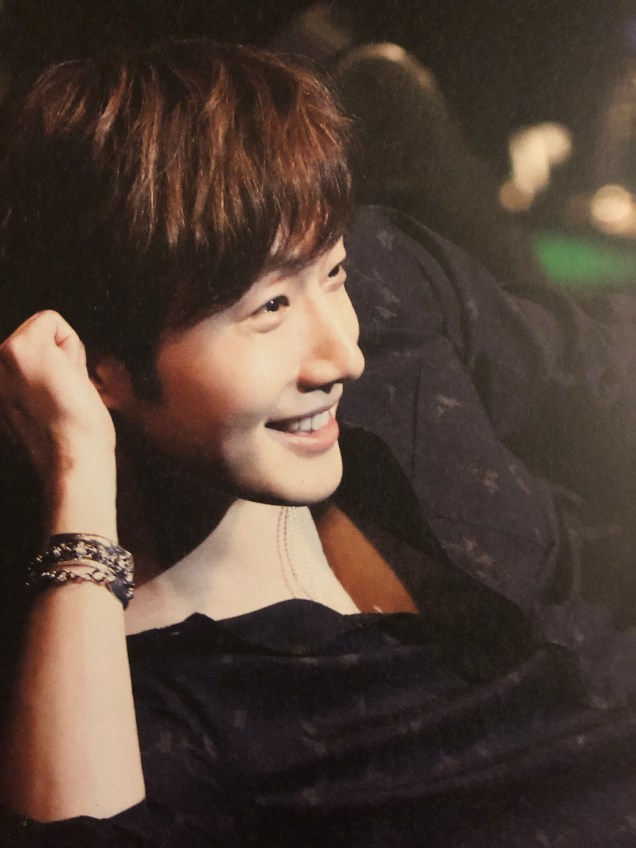 2016 4 15 Jung Il-woo at the 10th Thank You Fan Meeting in Japan. Cr. Taken by Fan 13 from his 10th Anniversary Japanese Book. 6