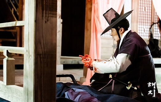 2019 3 11 Jung Il-woo in Haechi Episode 9. Behind the Scenes. 4.jpg