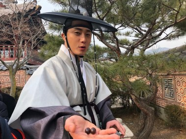 2019 3 8 Jung Il-woo in Haechi Episode 8. Behind the Scenes. 5