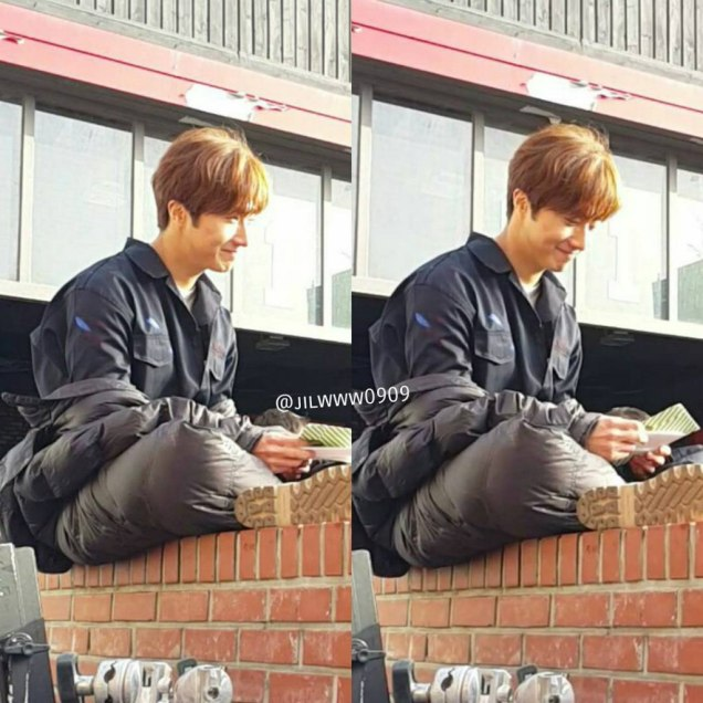 2016 Jung Il-woo in Cinderella and the Four Knights. Behind the Scenes. Fans. Cr. tvN 14