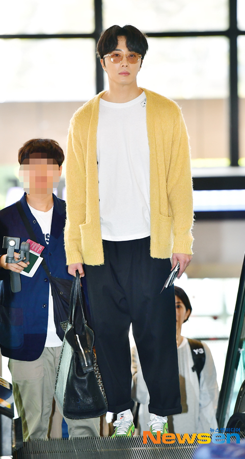 2019 5 21 Jung Il-woo departs to Japan for Fan Meetings. 1