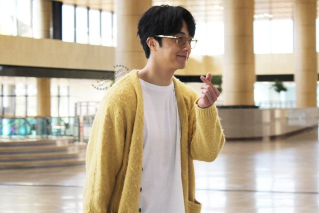 2019 5 21 Jung Il-woo departs to Japan for Fan Meetings. Cr. Ilwoostory Cafe. 4