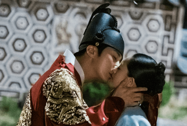 2019 Jung Il-woo larger than life in Haechi. 70