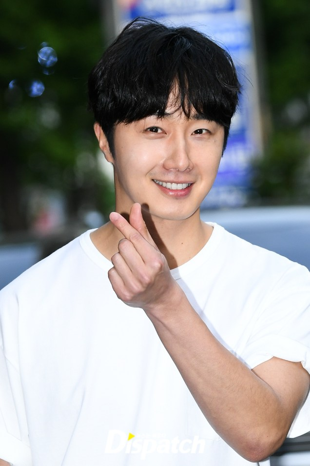 Jung Il-woo arrives to the Wrap Up Party of Haechi. April 30, 2019. 13