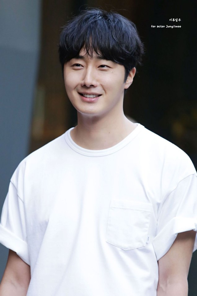 Jung Il-woo arrives to the Wrap Up Party of Haechi. April 30, 2019. 22
