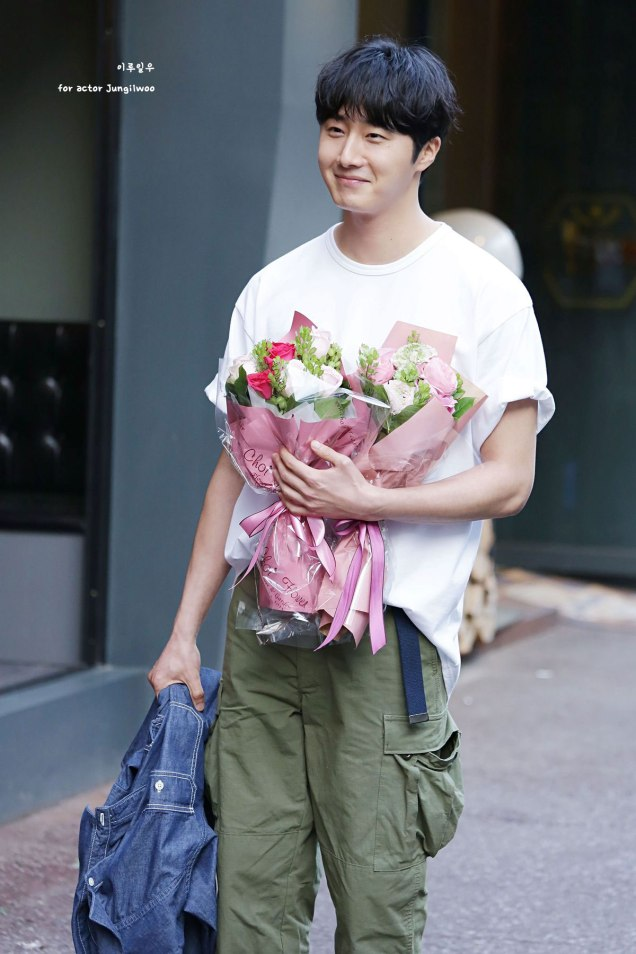 Jung Il-woo arrives to the Wrap Up Party of Haechi. April 30, 2019. 42