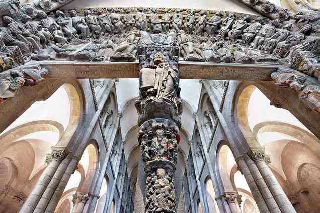 portico-de-la-gloria-catedral-de-santiago-dosde-publishing.jpg