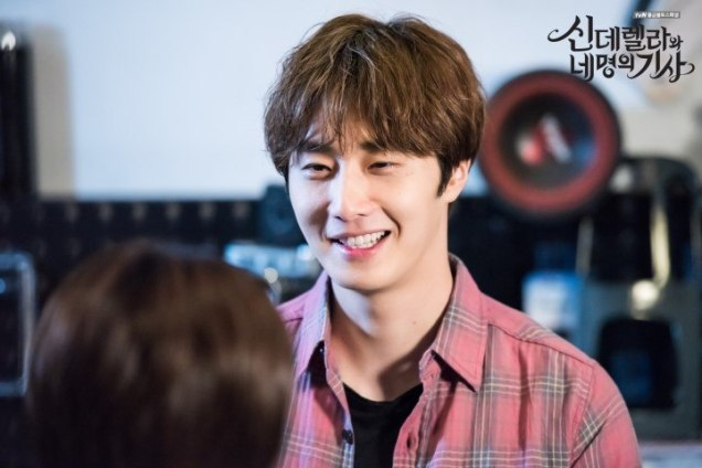 2016 8 19 Jung Il-woo in Cinderella and the Four Knights. Episode 3. Behind the Scenes. Cr. Various. 10