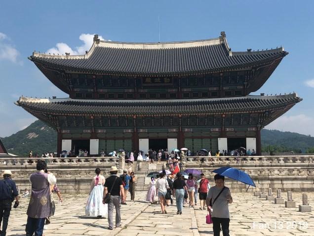 Gyeongboksung Palace. www.jungilwoodelights.com Cr. Fan 13. 2019 12