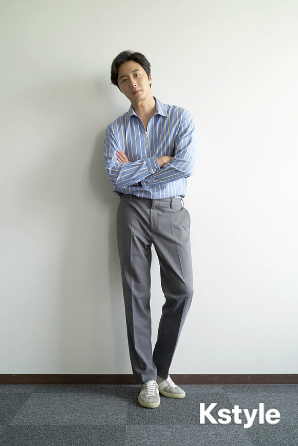 Jung Il-woo for K-Style Magazine, Japan. 15.jpg