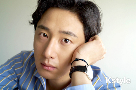 Jung Il-woo for K-Style Magazine, Japan. 18.jpg