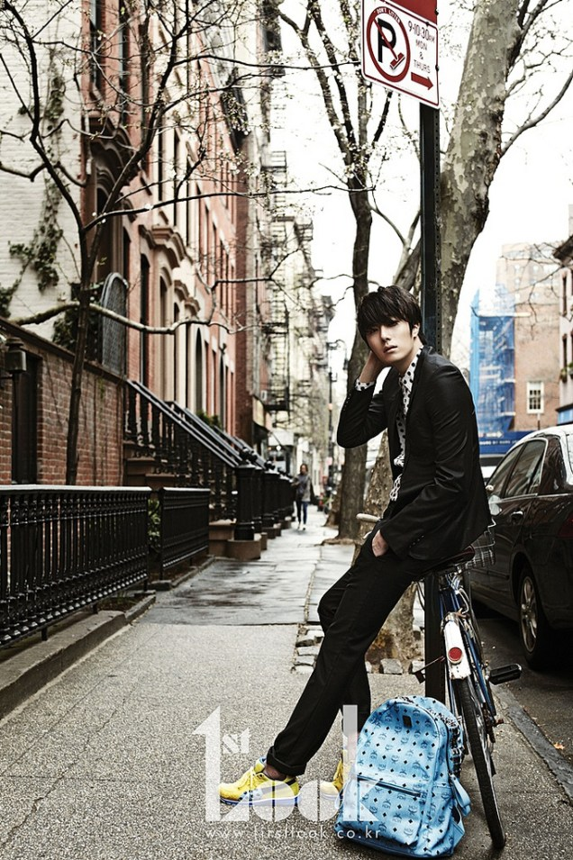 2012 4 19 Jung Il-woo for First Look Magazine22
