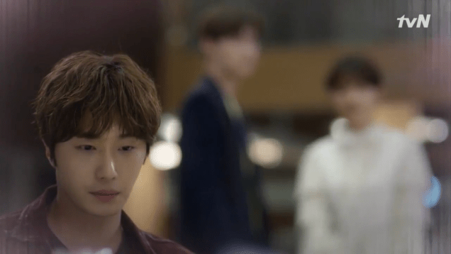 2019 2016 10 1 Jung Il-woo in Cinderella and the Four Knights Episode 16. Cr. tvN. 117