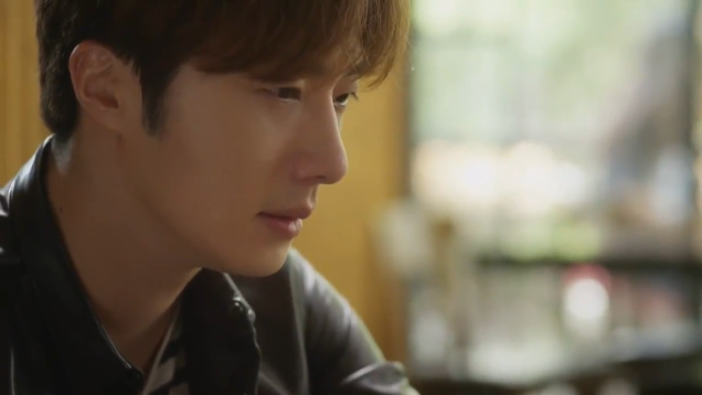 2019 2016 10 1 Jung Il-woo in Cinderella and the Four Knights Episode 16. Cr. tvN. 61