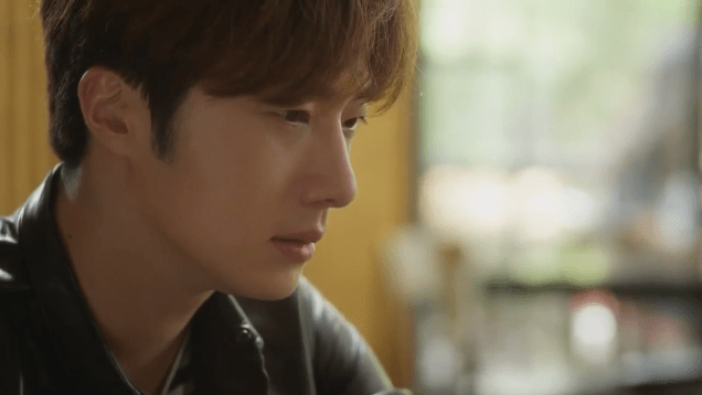 2019 2016 10 1 Jung Il-woo in Cinderella and the Four Knights Episode 16. Cr. tvN. 62