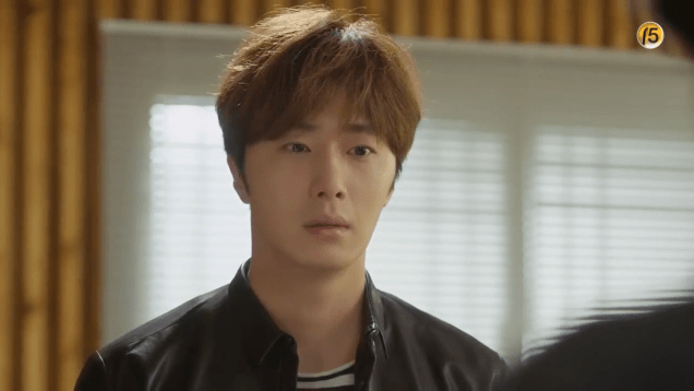 2019 2016 10 1 Jung Il-woo in Cinderella and the Four Knights Episode 16. Cr. tvN. 64