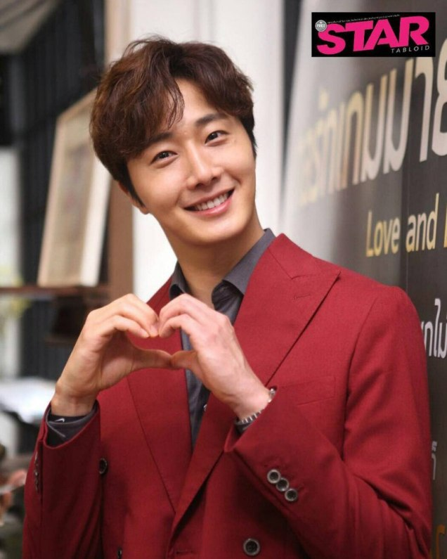 2019 7 2 Jung Il-woo at the Press Conference for Love and Lies Cr. On Photos. 1
