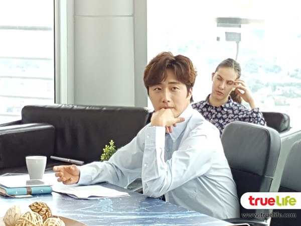 2019 7 3 Jung Il-woo at the Press Conference for Love and Lies Filming Part. Cr. On Photos. 45