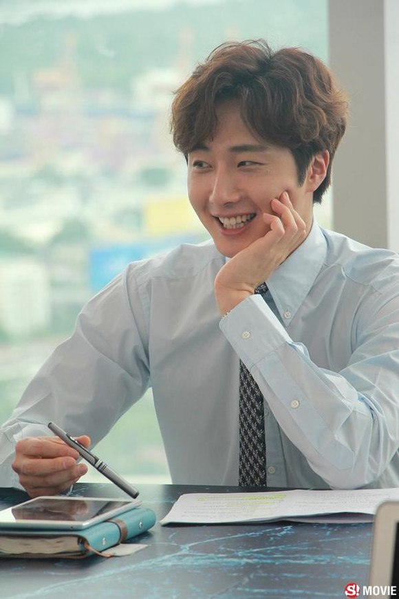 2019 7 3 Jung Il-woo at the Press Conference for Love and Lies Filming Part. Cr. On Photos. 8