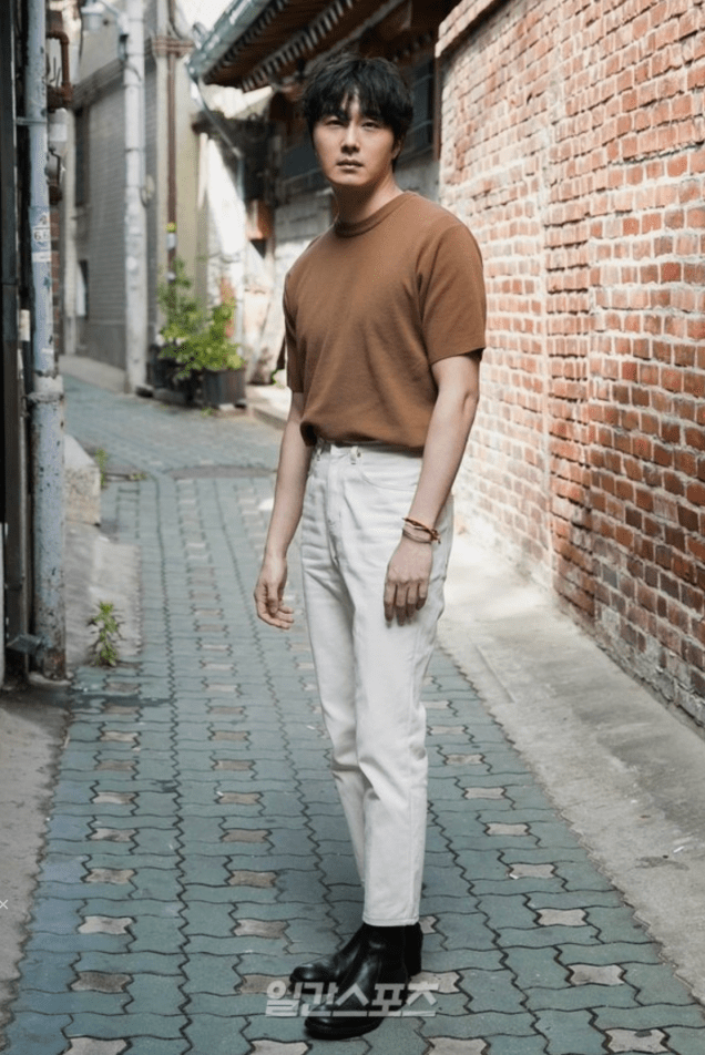 2019 8 2 Jung Il-woo for the Talk Show Drunk Talk Cr. isplus.live.joins. com via Naver 3