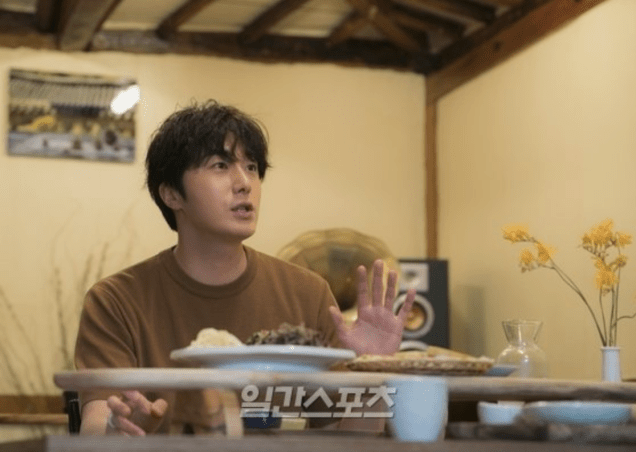 2019 8 2 Jung Il-woo for the Talk Show Drunk Talk Cr. isplus.live.joins. com via Naver 5