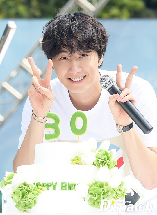 2016 9 4 (8) Jung Il-woo's 10th Anniversary Fan Meeting Railtrip.  Cr. Starcast Naver. 23.jpg