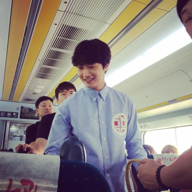2016 9 4 Jung Il-woo Fan Meeting: Rail Trip with Jung Il-woo. Cr. Starcast, Disparch and Jung Il-woo.com 31